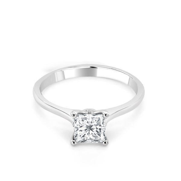 Fae Diamond Solitaire engagement ring platinum