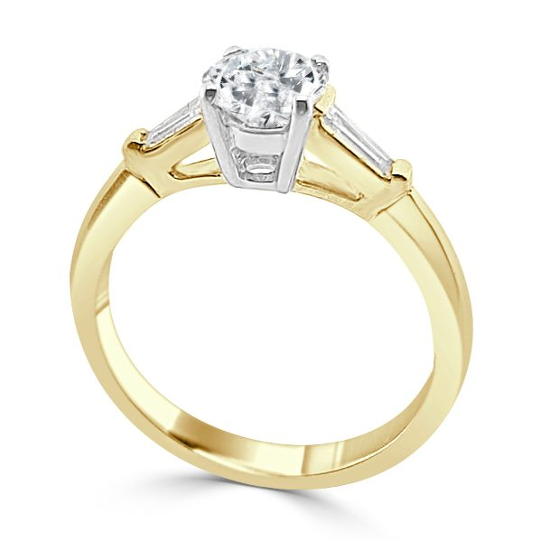 Jacquelyn Diamond Solitaire engagement ring Gold