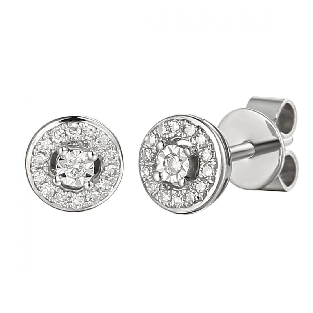 Round halo stud centre microset diamonds